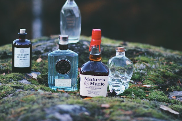 アルコールが本人や家族に与える影響について